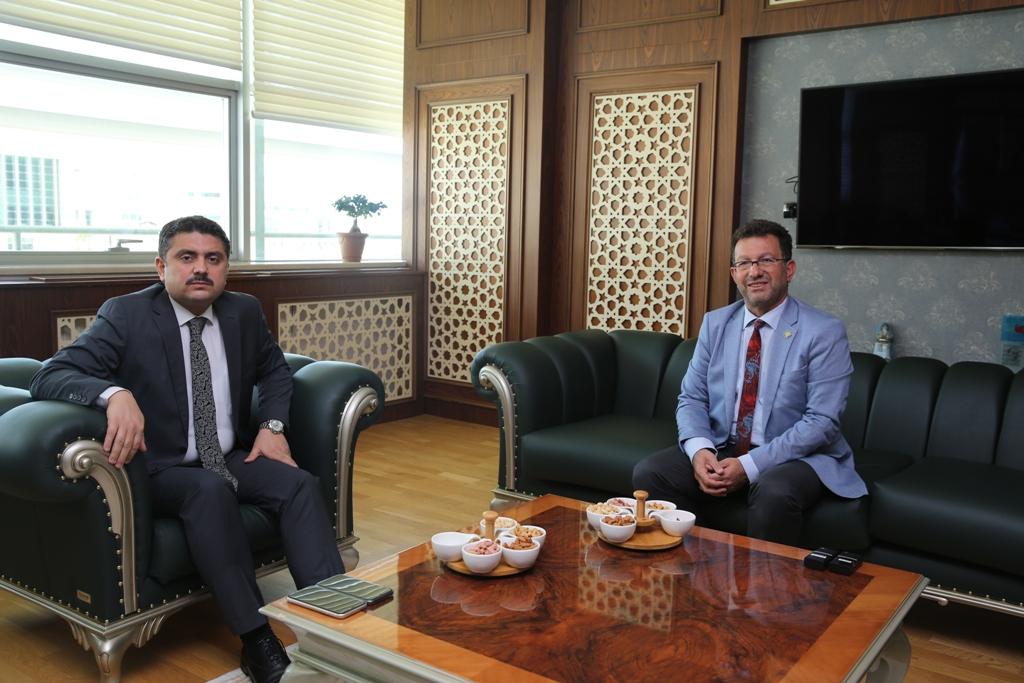 Cizre Kaymakamı ve Belediye Başkan Vekili Mehmet Tunç'tan Rektörümüze İade-i Ziy...