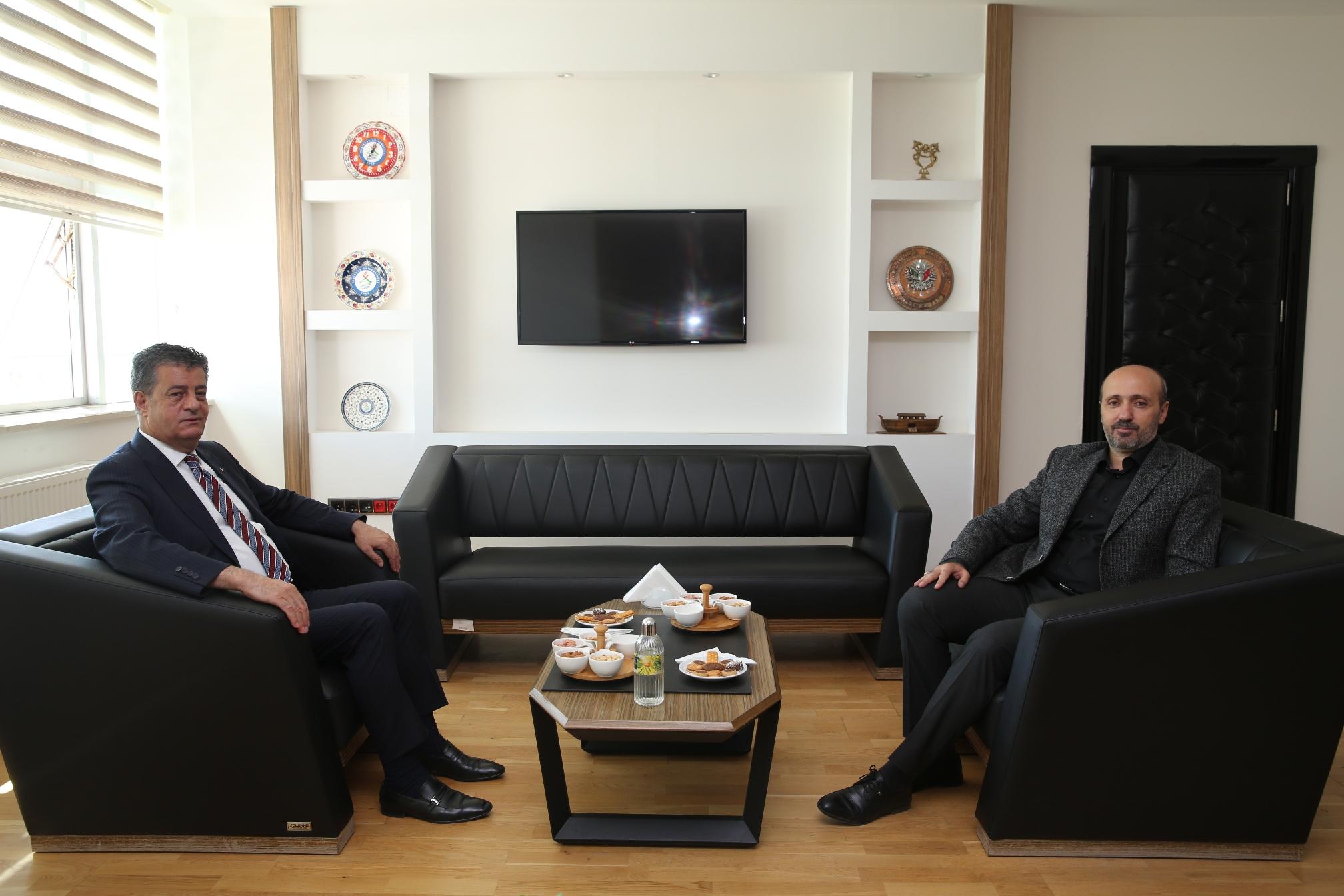Şırnak Belediye Başkan Mehmet Yarka'dan, Üniversitemiz Genel Sekreteri Doç. Dr. ...